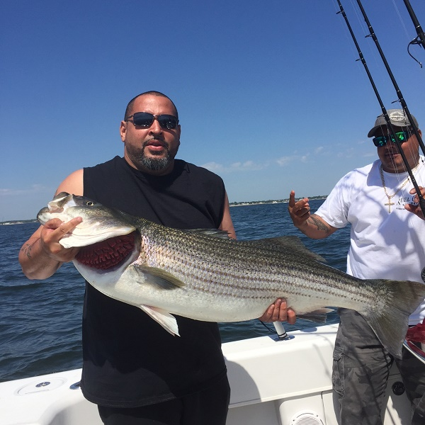 6 7 highlands nj fishing charters bill chaser sandy for Bass fishing trips